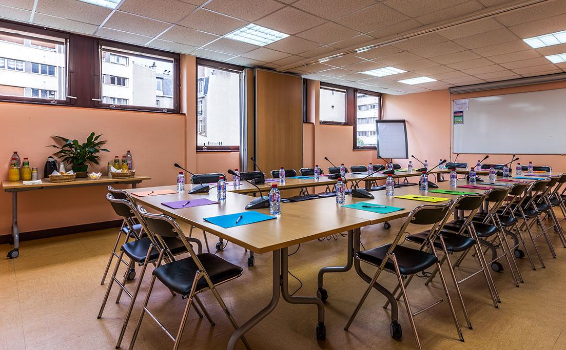 Salle de réunion modulable 213-214